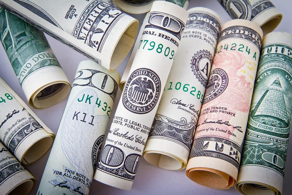 dollar-1362244_960_720.jpg